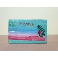 Натуральное мыло для стирки белья Роза Detergent Cake Patanjali with Herbs fresh Rose. 125 г.